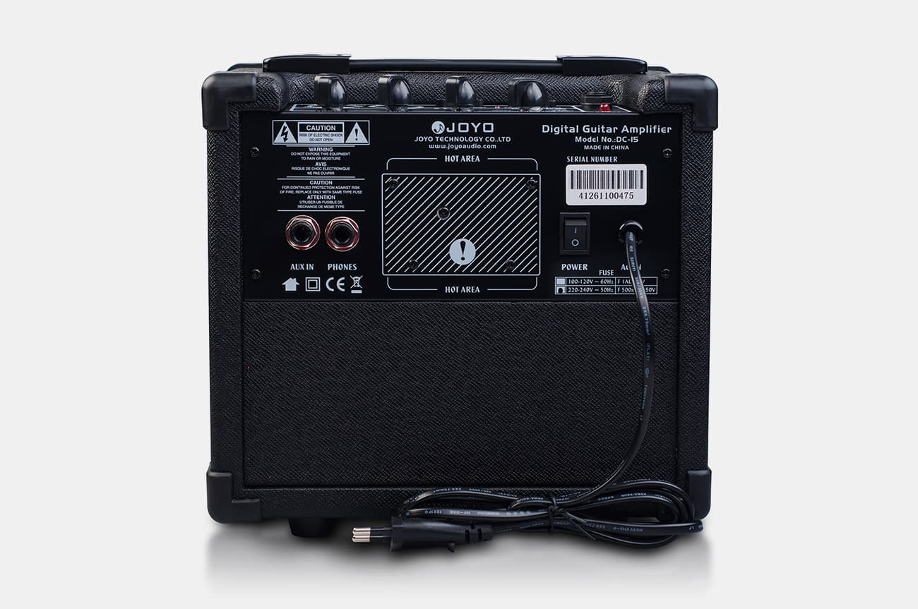 DC-15 Digital Guitar Amplifier